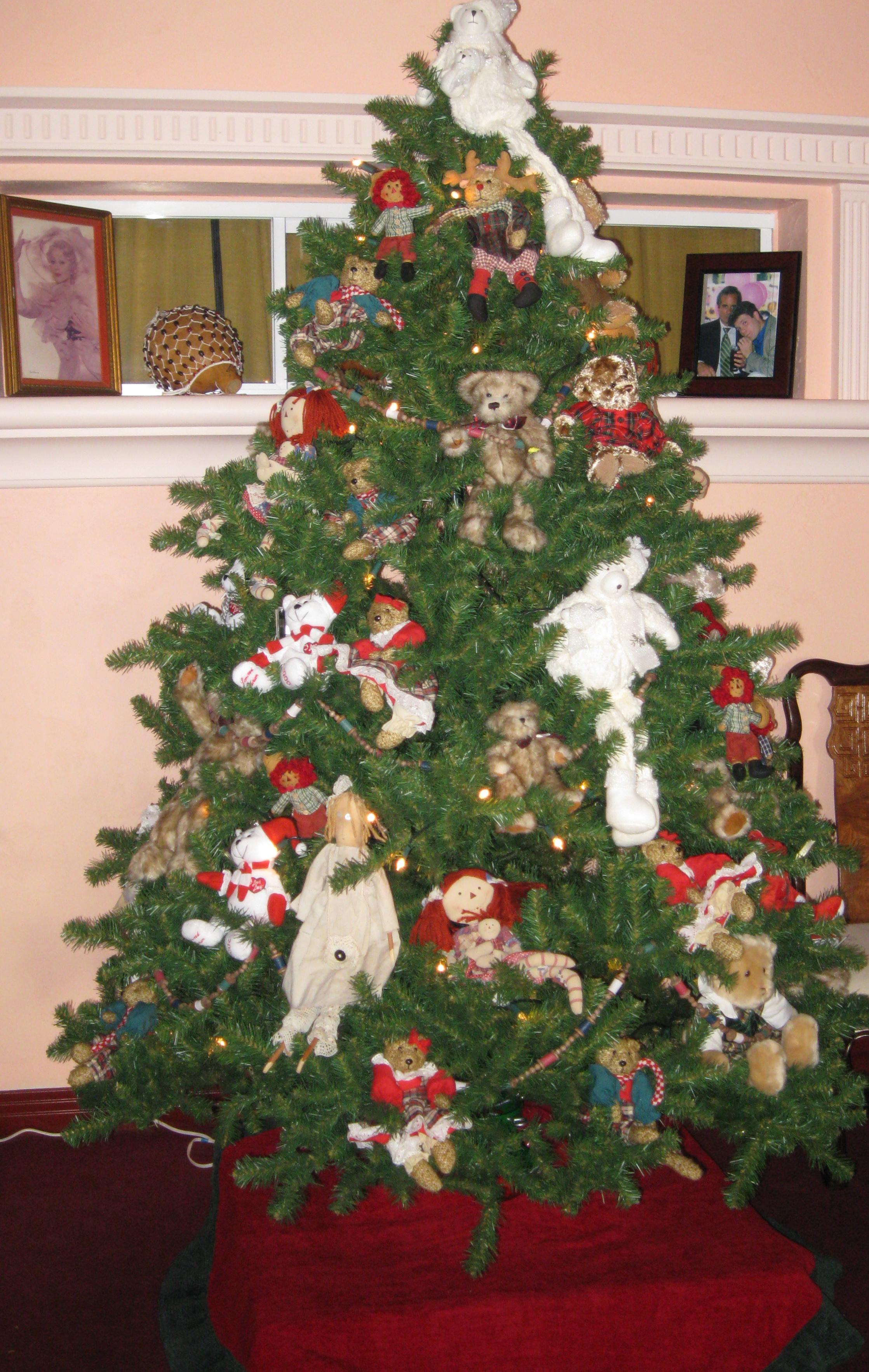 Christmas Tree Decorated With Teddy Bears Always a Teddy Bear Tree