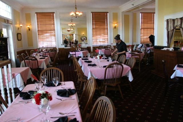 The Hotel dining room before the party